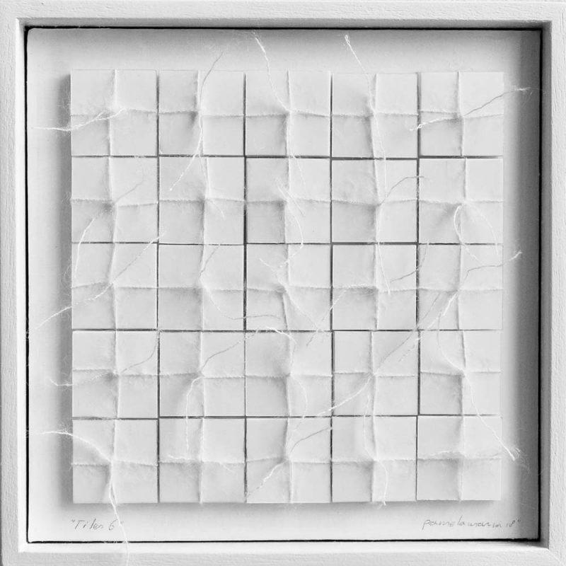 2018, 20x20cm, wit houten lijst, offwithe mohair garen op foamboard,